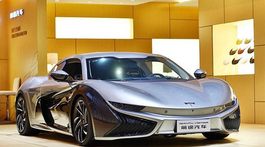其碳纤维零部件应用涵盖了汽车顶盖,车门,机盖,翼子板,保险杠装饰板等